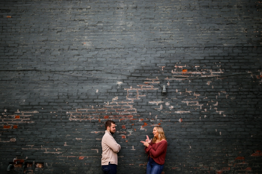 Downtown-Lexington-Mural-Prhtbn-Dog-Engagement-Wedding-Photography-15.jpg